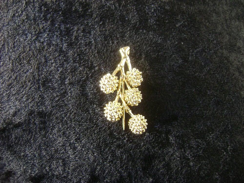 Image of GOLDEN WATTLE STICK PIN J30002