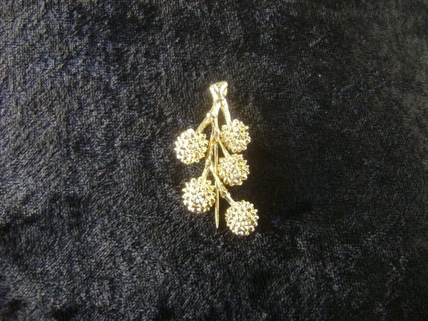 Image of GOLDEN WATTLE STICK PIN J30002