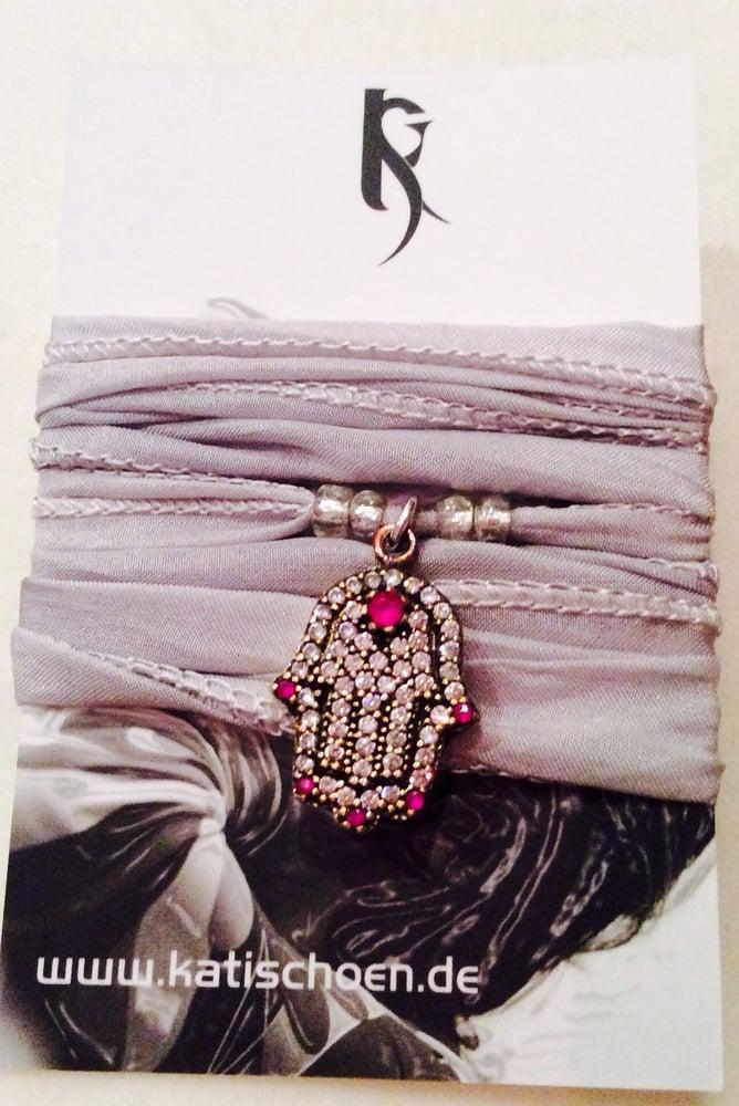 "Image of Seiden Armband ""Hamsa"""