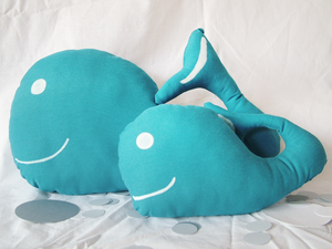Image of Two-piece set - Mintha Whales Cushions