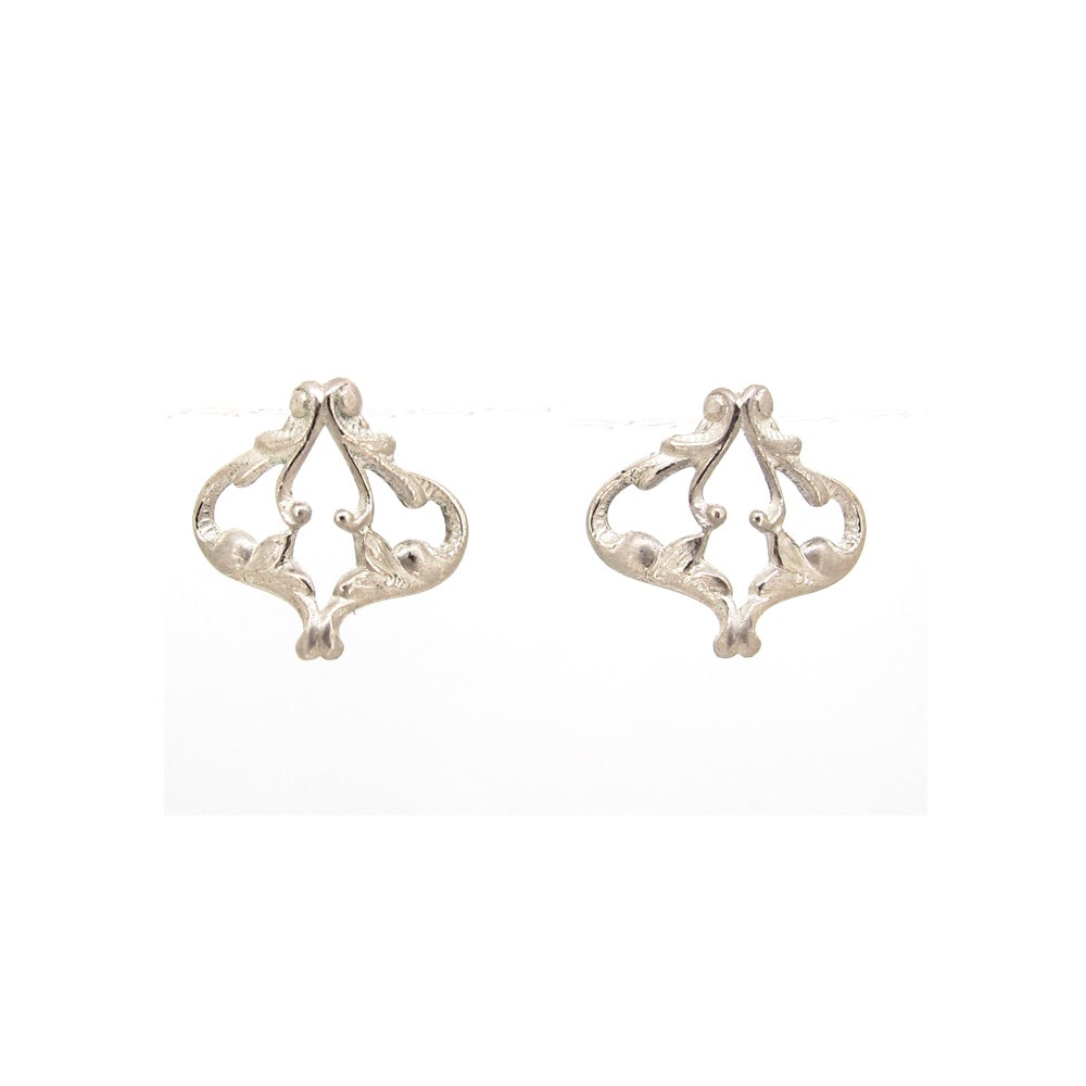 Image of {NEW} Iseult stud earrings