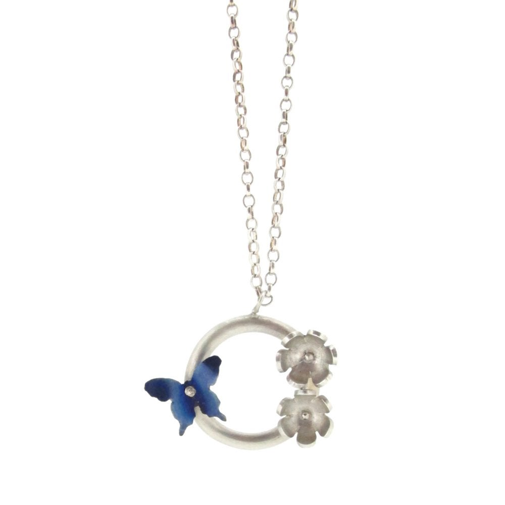 Sian Bostwick Jewellery Butterfly & Daisy Circlet Pendant - 16 Gbcnz1pL9