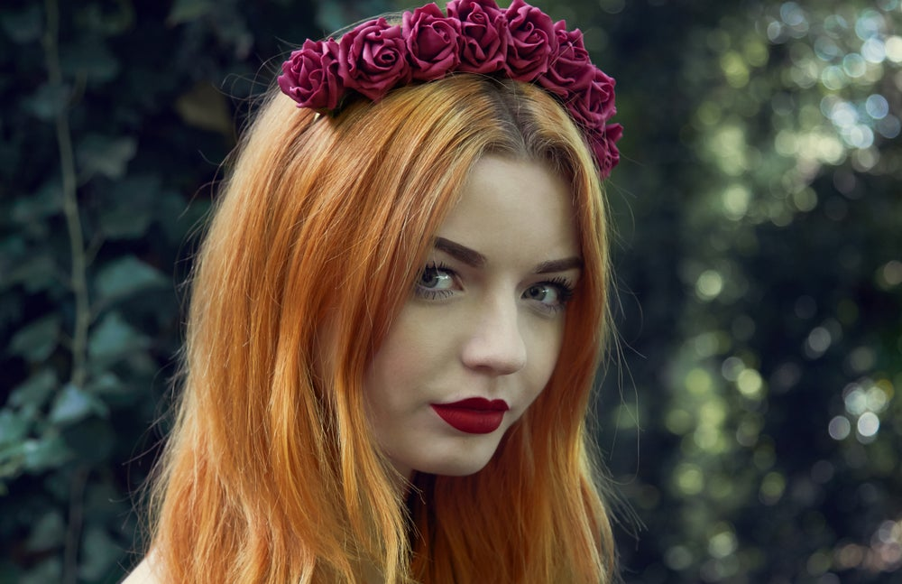 Image of Ring of Roses Crown Raspberry