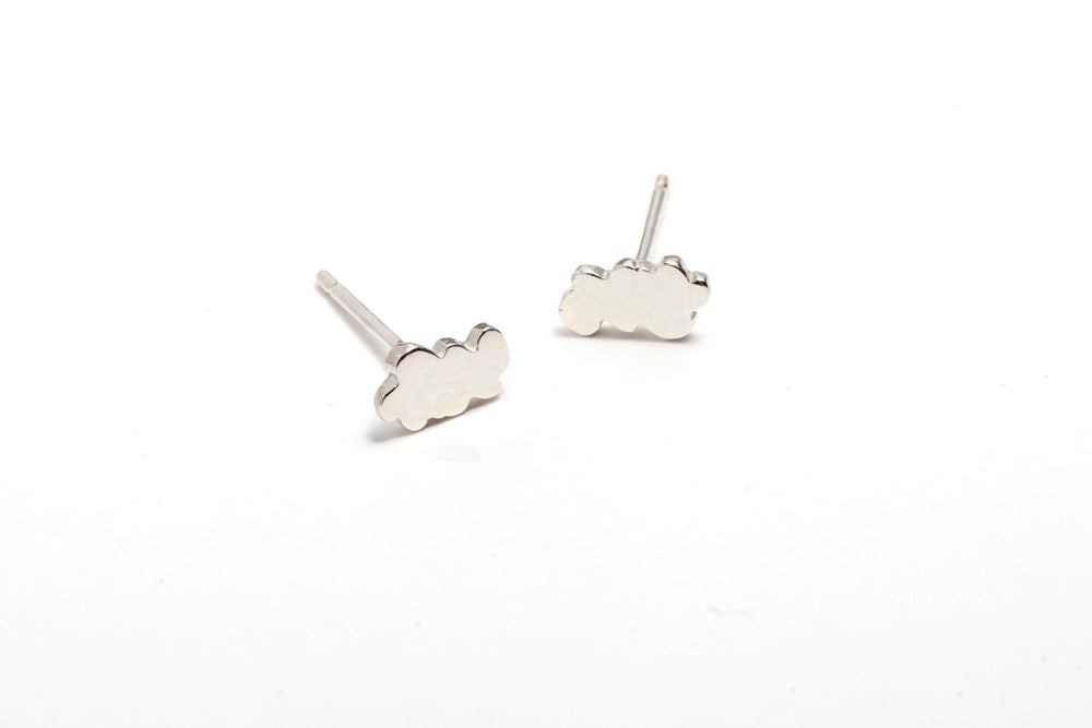 Image of MEADOW CLOUD STUD EARRINGS