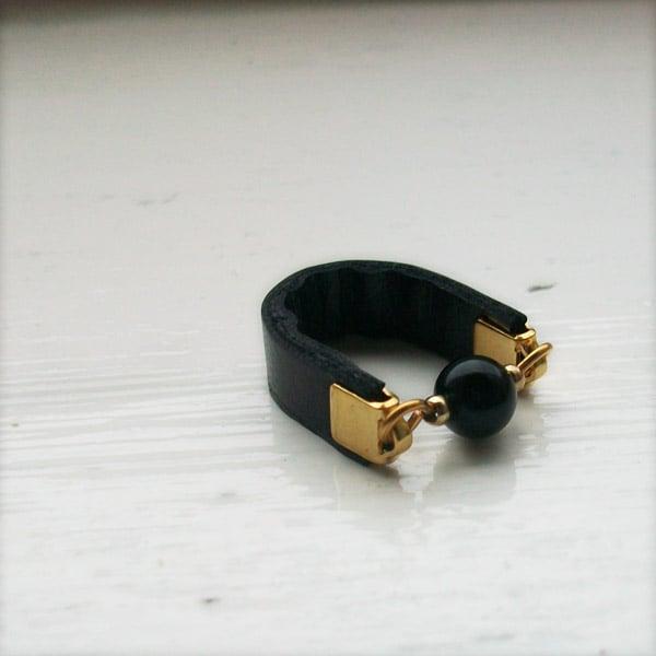 Image of Classic dot rings - black