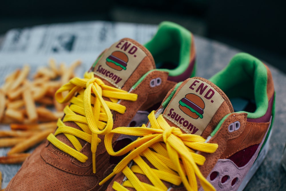 "Image of Saucony Shadow 5000 x END. ""Burger"" 70142-1"