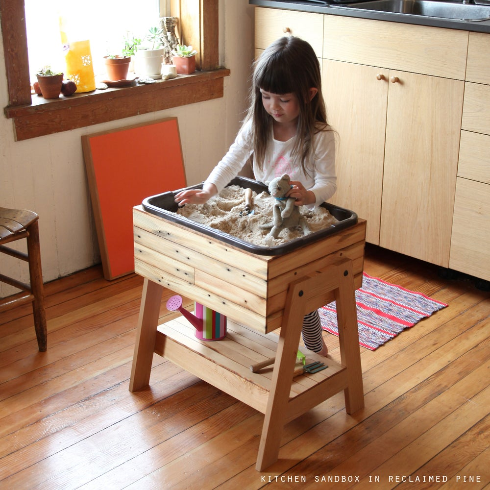 Dirty Kitchen Table: Kitchen Sandbox™ Indoor Sand And Water Table