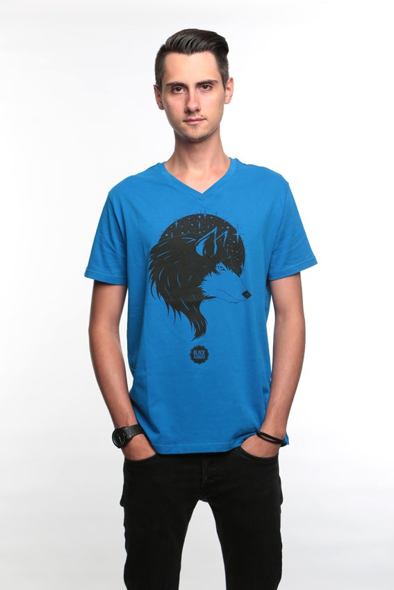 Image of The Big Bad Wolf - Tee-shirt col V homme