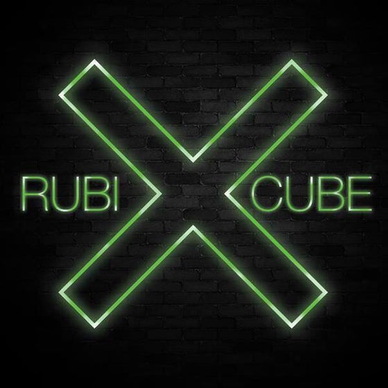 Image of RUBIX CUBE 🚦