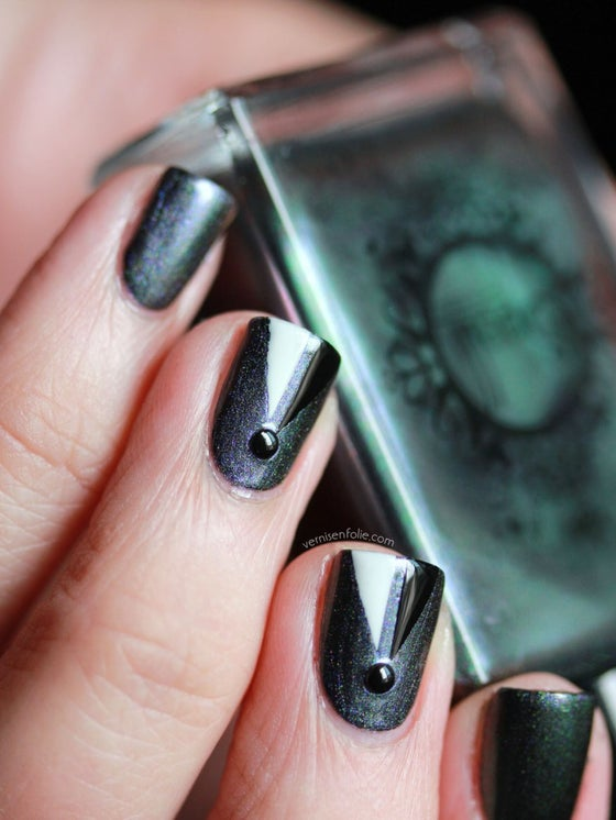Image of Magichromes™ SPELL POLISH ~The Suspension of Time~ color shifting nail polish