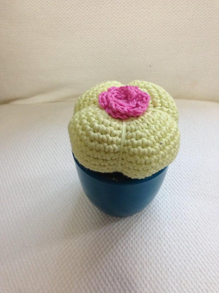 Image of Cactus Amigurumi amarillo