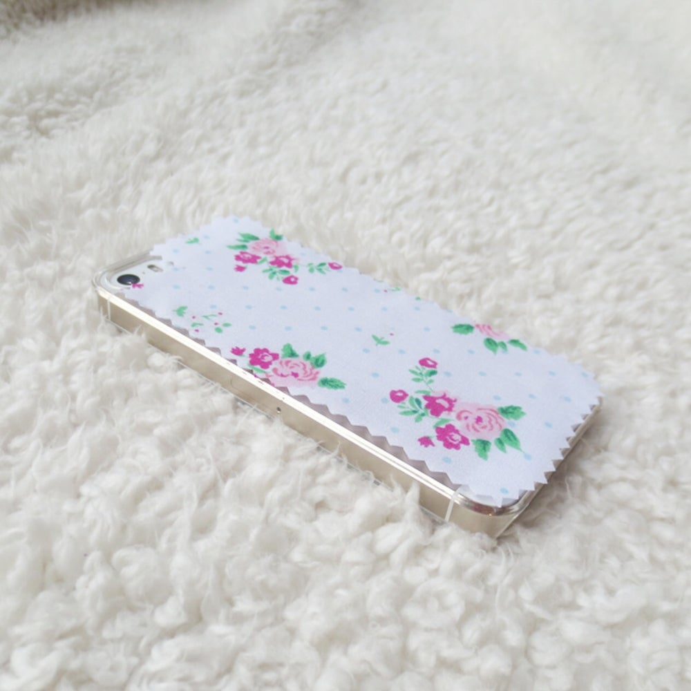 Image of White and blue polkadot floral fabric phone case for iPhone 5/5s