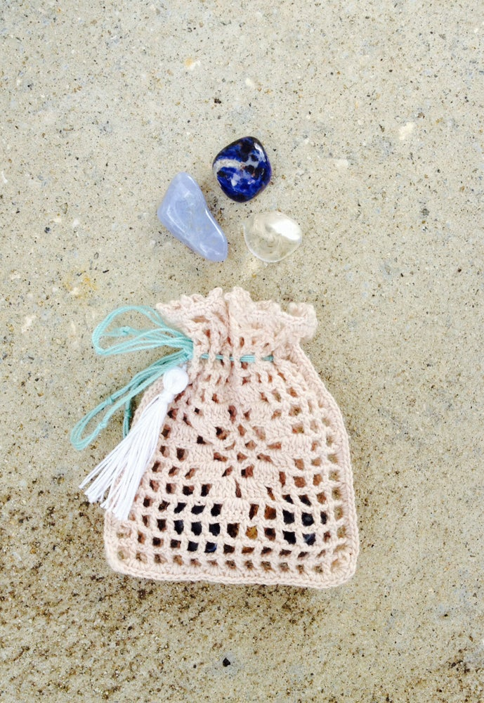 Image of Crochet Pouch Gemstone Kit
