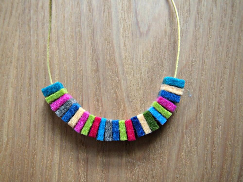 Image of 100% Wool Felt Necklace no.1