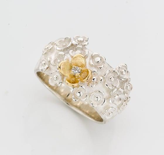 Beeld van 18x jasmijn en diamant