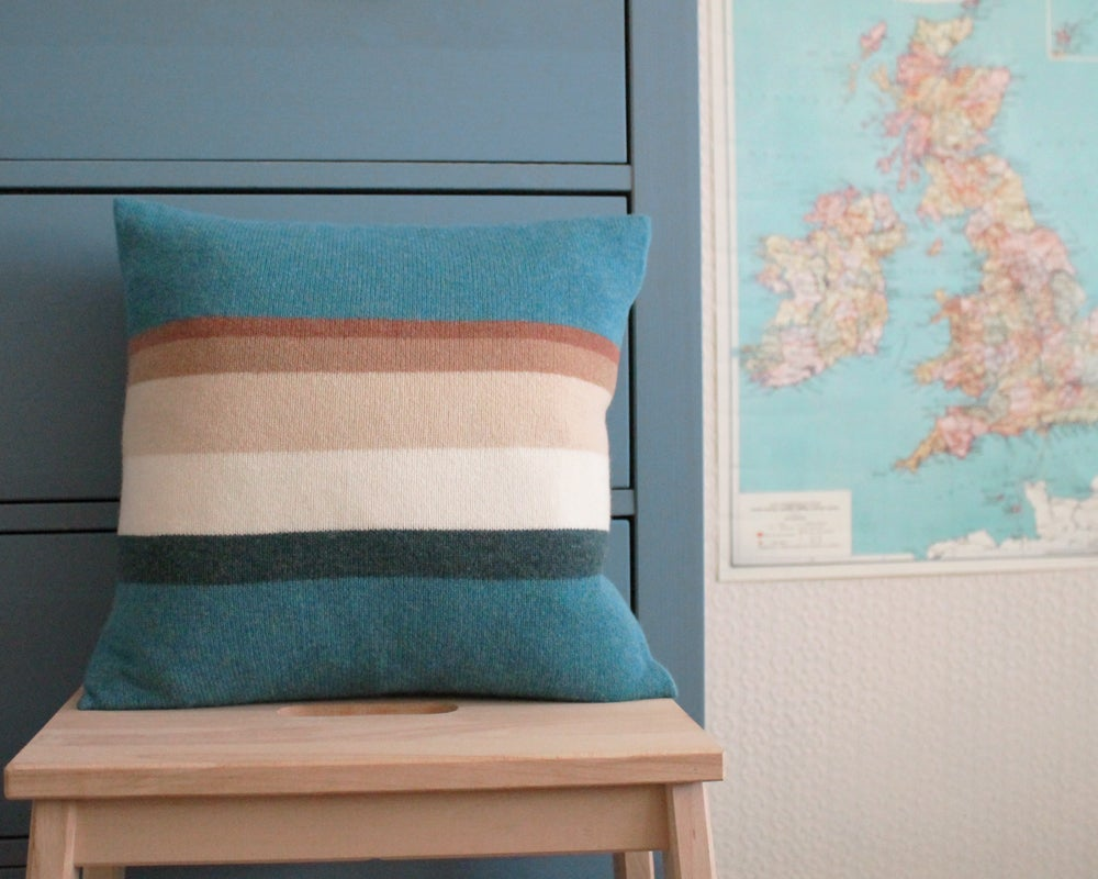 Image of CUSHION - MULL