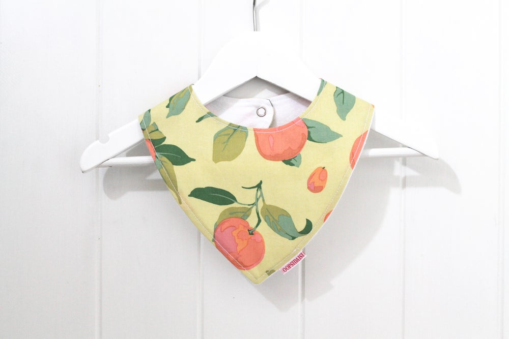 Image of Bandana Bib - Peaches