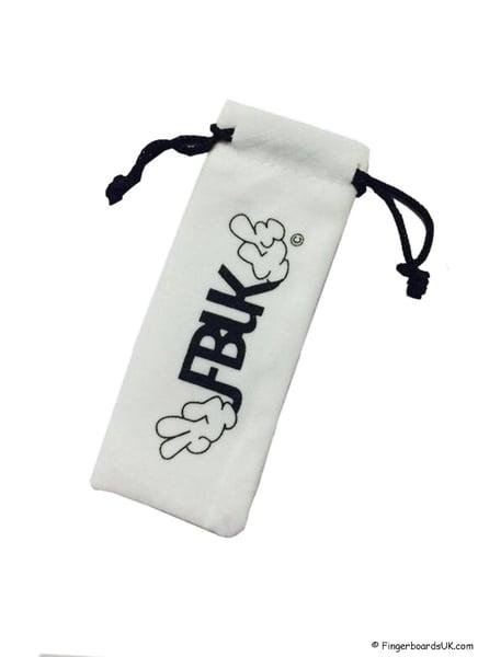 Image of FBUK Fingerboard Deck Cinch Bag