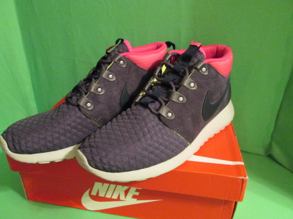 fd488e2d2691 Image of NIKE ROSHE RUN SNEAKERBOOT SIZE 12 GRIDIRON DARK OBSIDIAN PINK BNIB