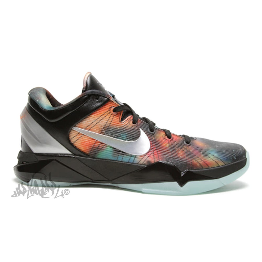 huge discount 09a83 63153 Image of NIKE KOBE 7 -
