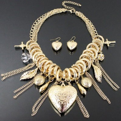 Image of HEART CHARMS FASHION NECKLACE