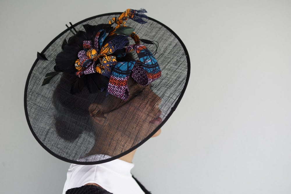 Image of Caprice maxi disc Fascinator