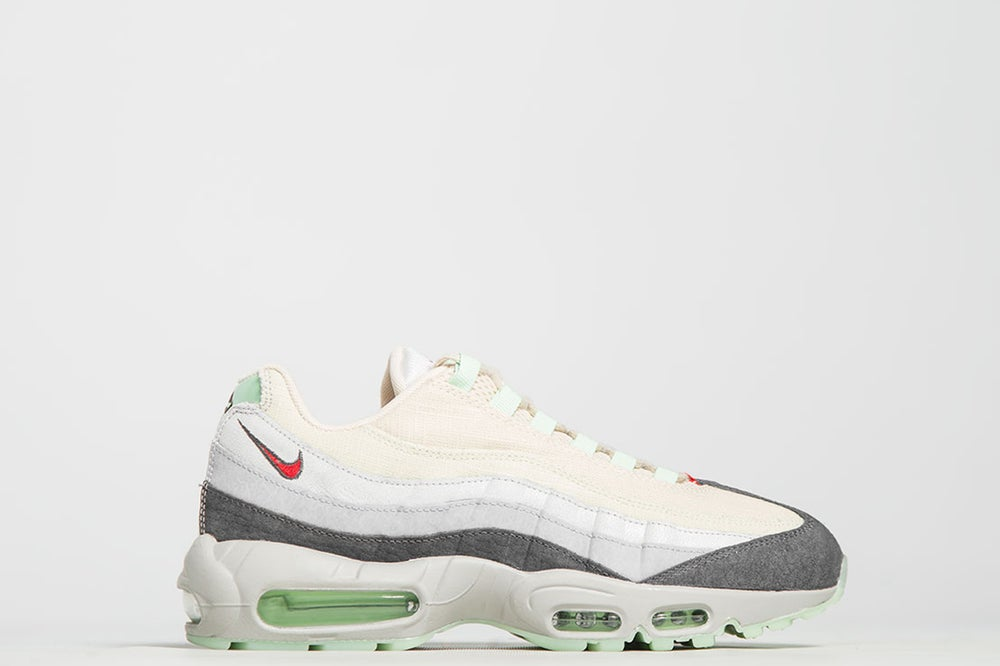 "Image of NIKE AIR MAX 95 QS ""HALLOWEEN"""