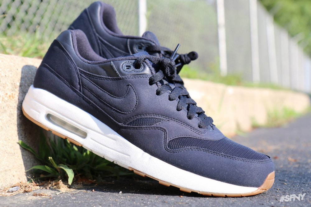newest e1577 ff2c9 Image of nike air max 1 a.p.c 2012