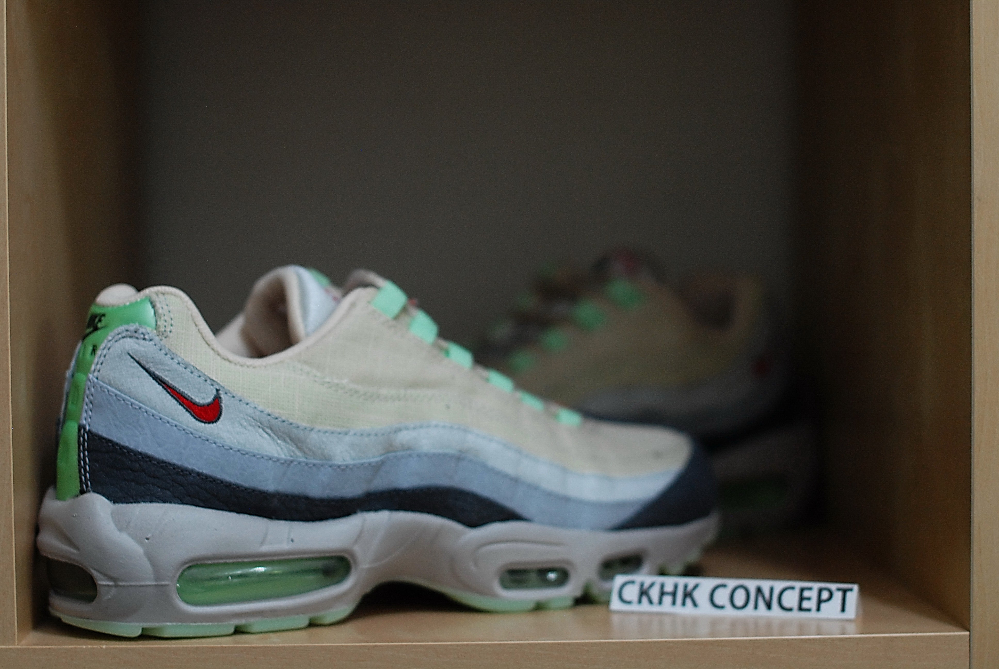 6483487a546a ... where to buy image of nike air max 95 qs halloween 8df08 c0511 ...