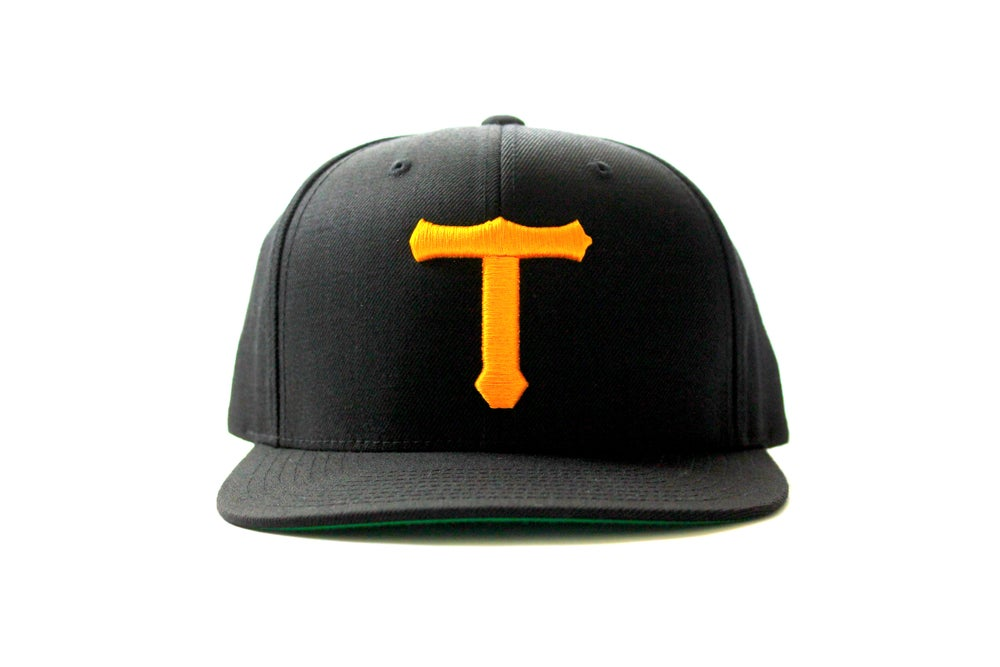 Image of BIG T SNAPBACK (GOLD ON BLACK)
