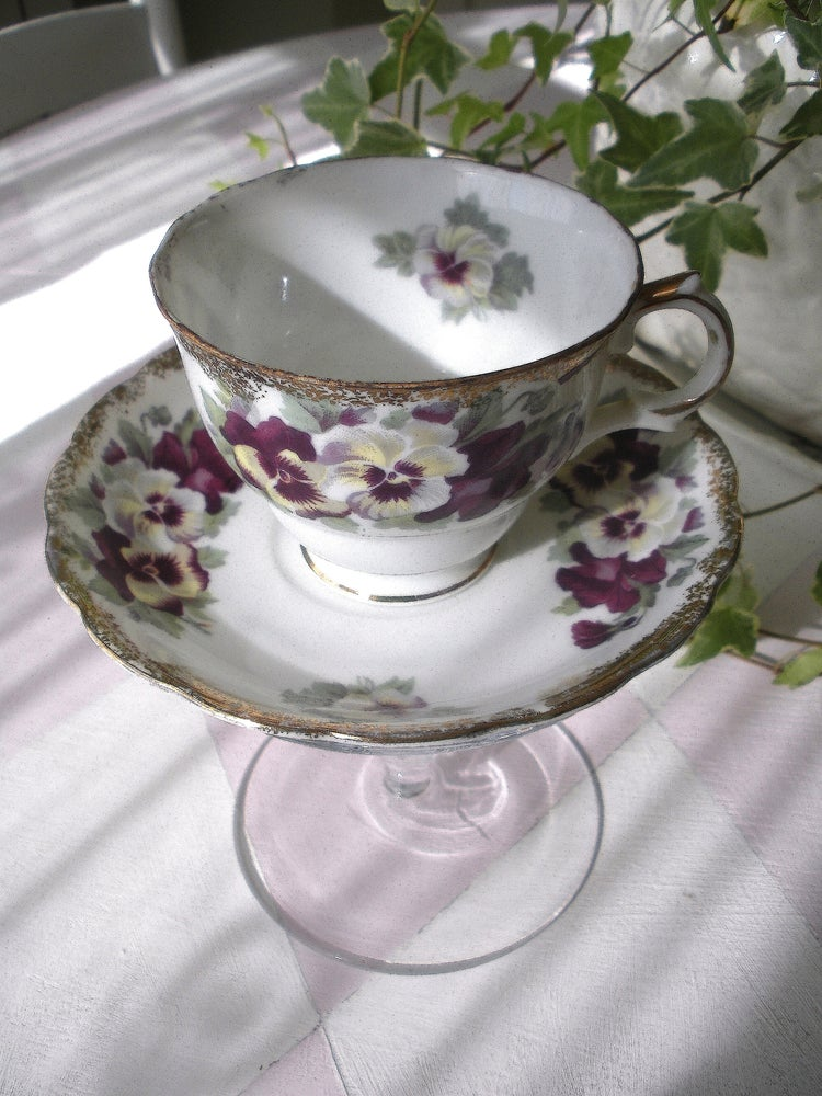 Image of Viola Tea Cup
