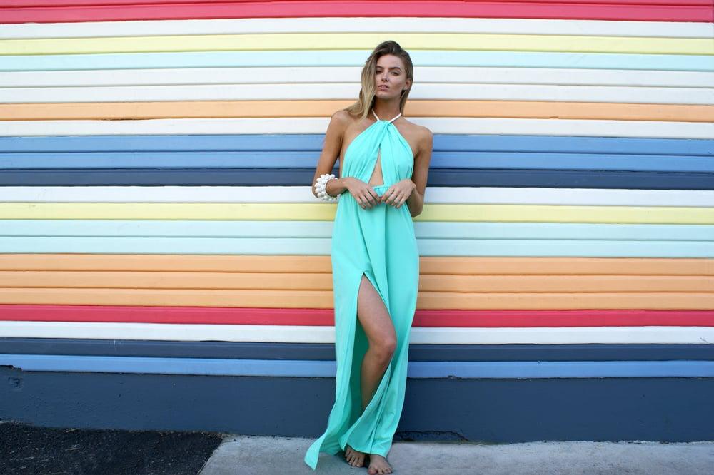 Image of Isla Twist Maxi Dress - Mint