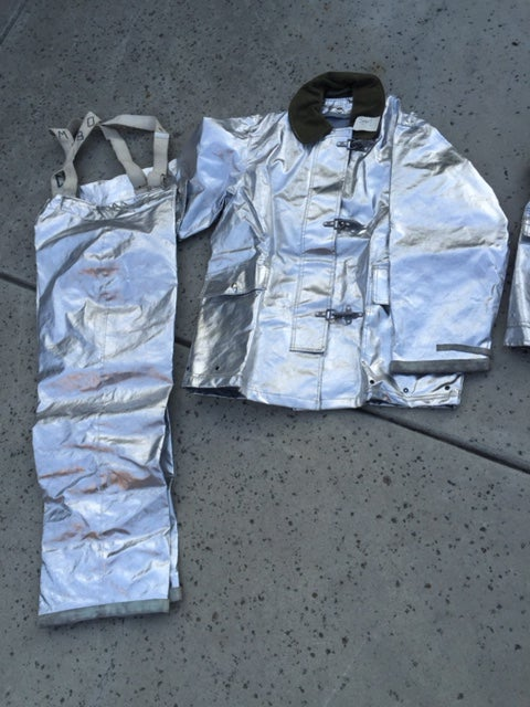 Image of GLOBE ALUMINIZED FIREMANS PROXIMITY RESCUE SUIT