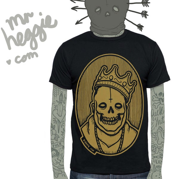 Image of the limited edition gold biggie shirt