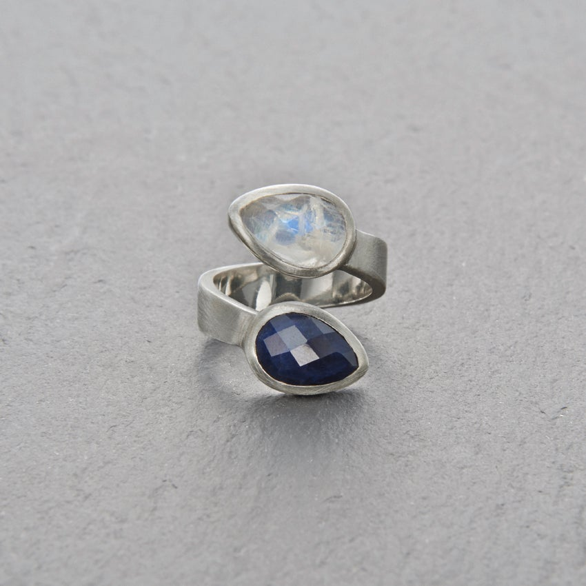 Image of Trincomalee II Blue Sapphire Ring Silver