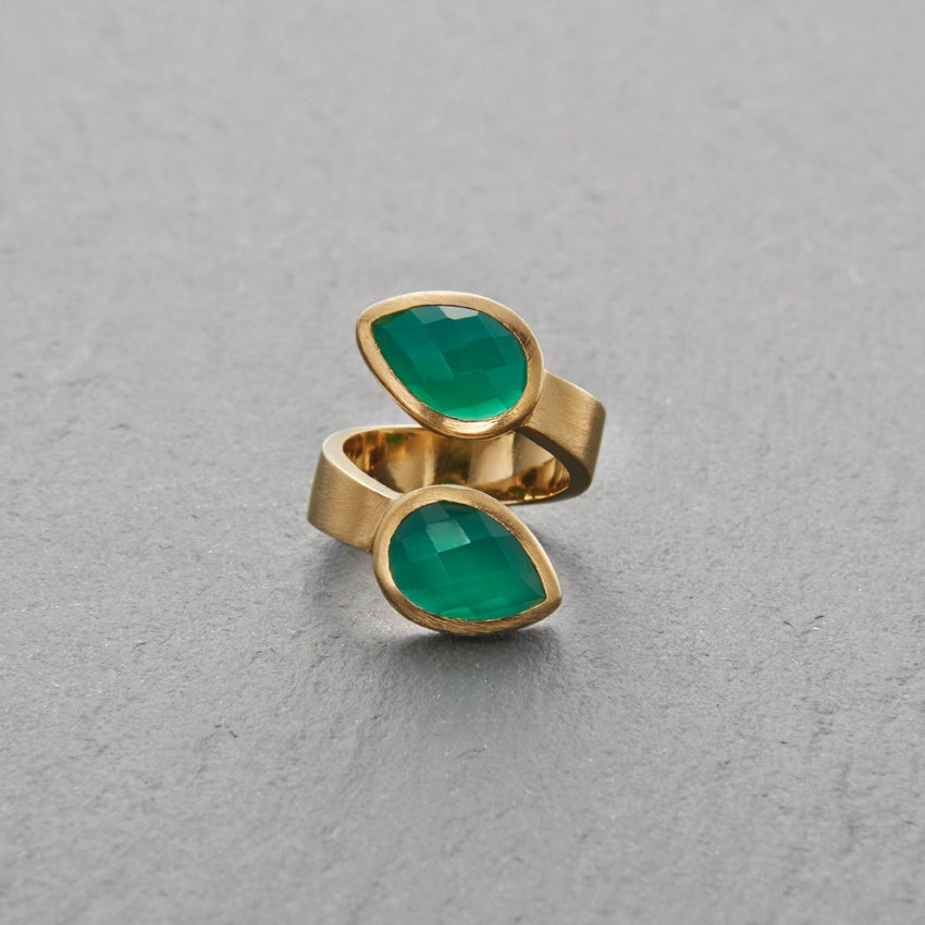 Image of Trincomalee II Green Onyx Ring Gold