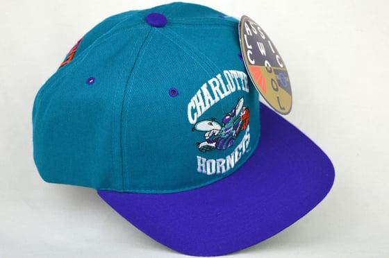 Image of CHARLOTTE HORNETS TEAL/PURPLE G-CAP VINTAGE SNAPBACK CAP