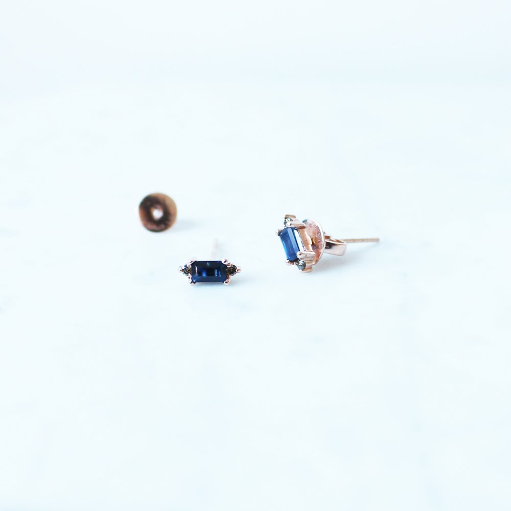 Image of Eleanor Blue Sapphire Earring