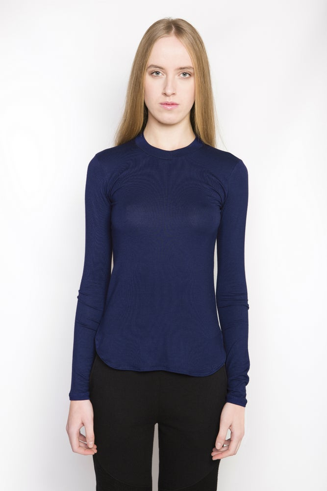 Image of Ⅲ W Navy Scoop Neck T-Shirt