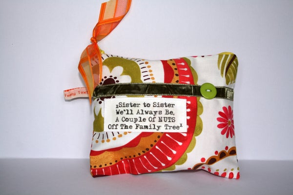 Image of `Sister to Sister` quote purse