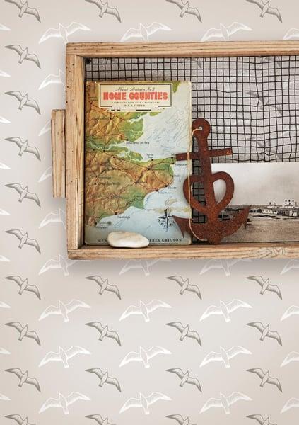Image of Gulls Wallpaper - Stone