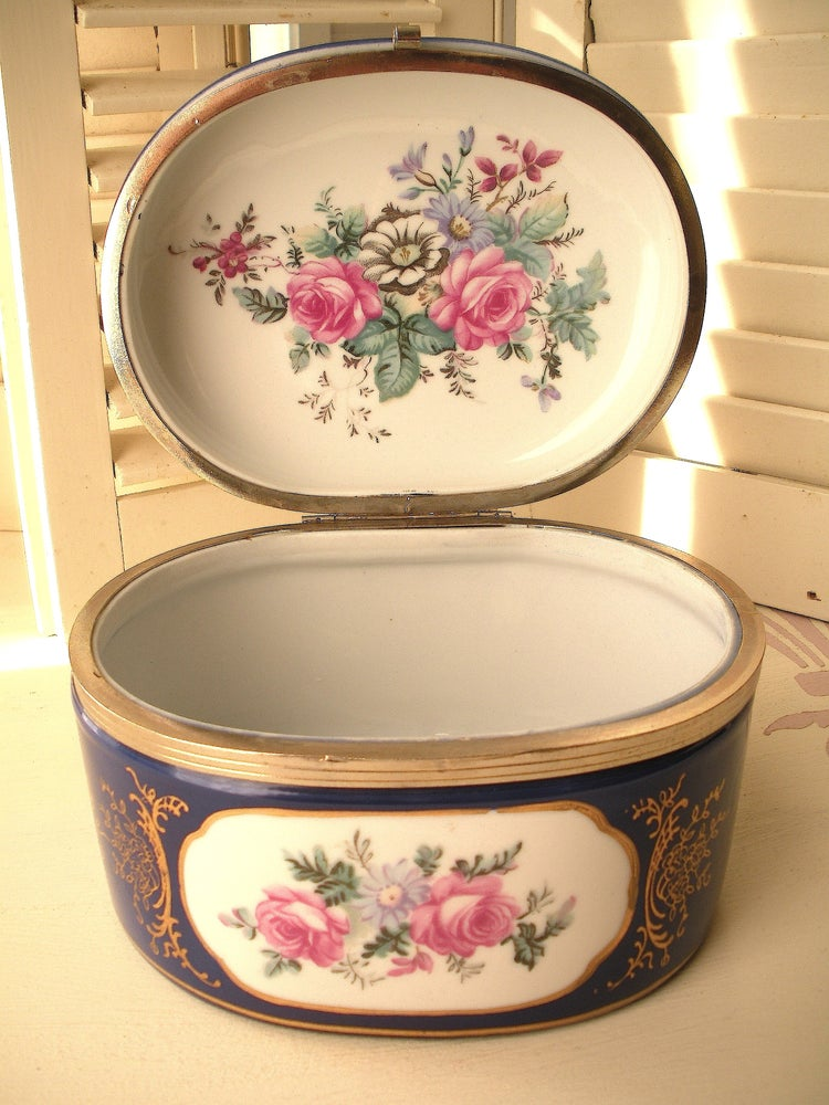 Image of Baroque Porcelain Box