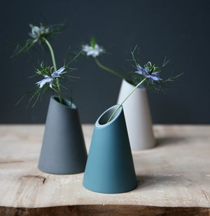 Image of Small SC Vase by Jill Shaddock.