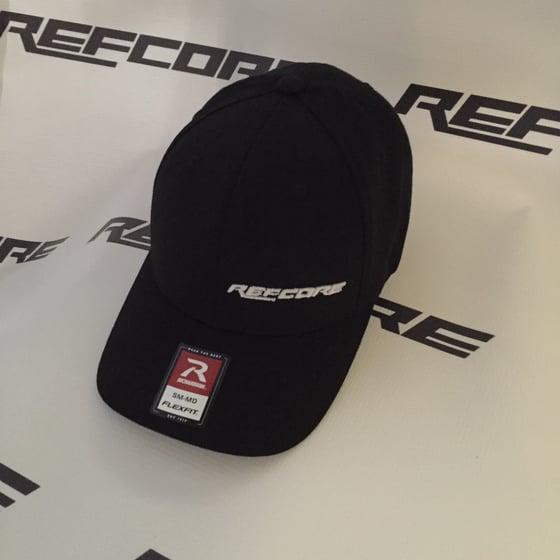 8599cc8fe35a8 Image of REFcore Hat by FlexFit