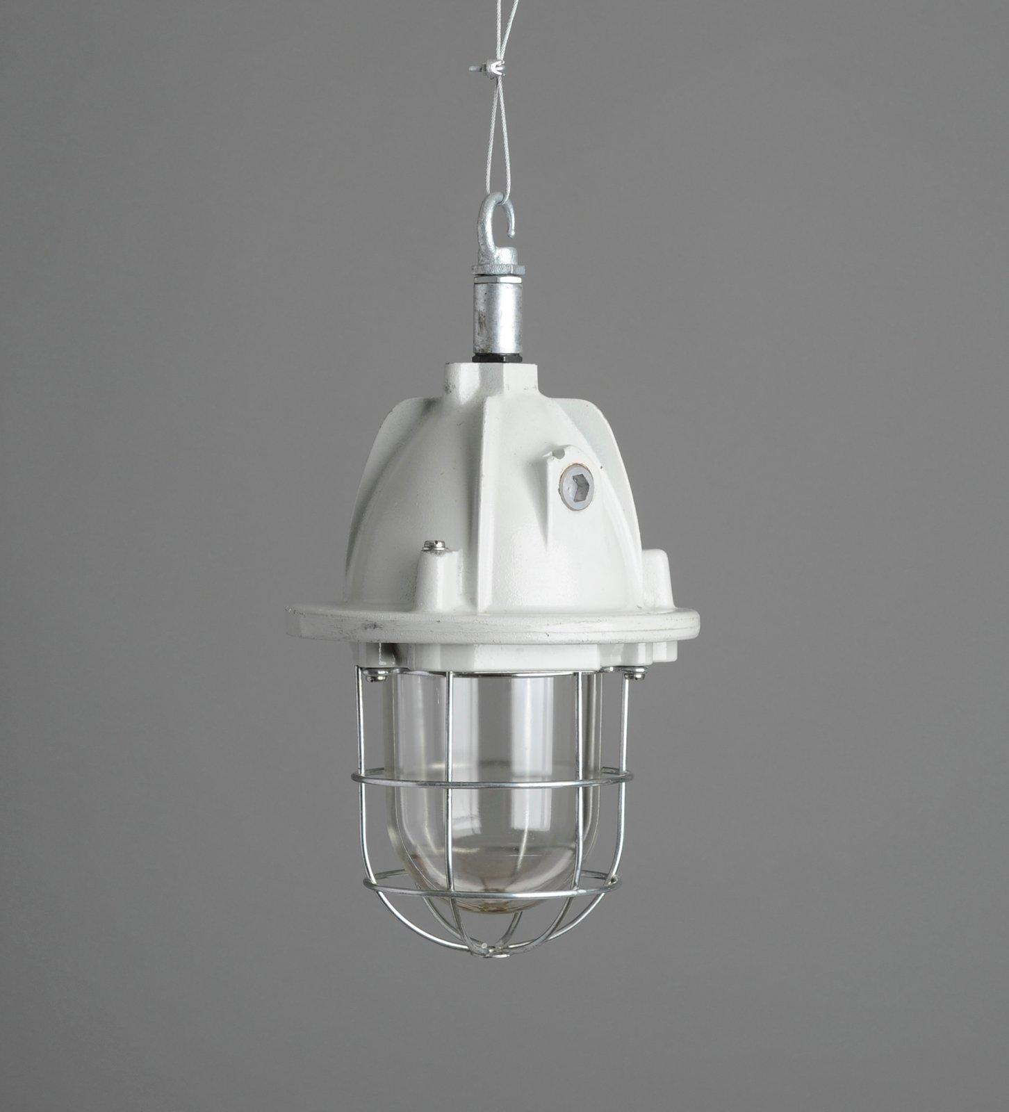LeGrand Industrial Pendant Light / Hütte