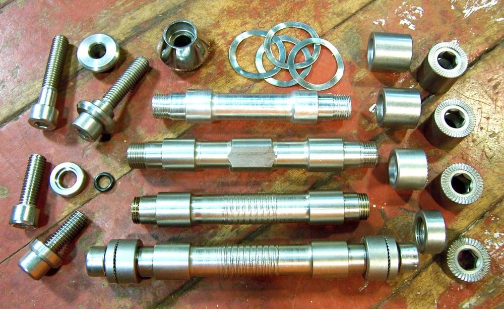 Image of Hub- Small Parts, Phil Wood