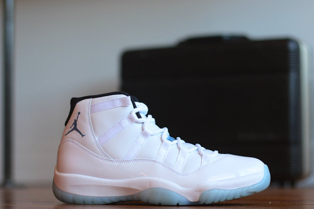"Image of AIR JORDAN RETRO XI ""LEGEND BLUE"""