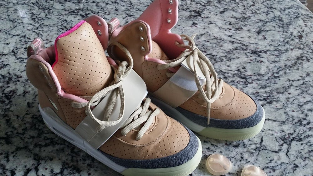 c75946a06c6d98 Image of Nike Air Yeezy 1