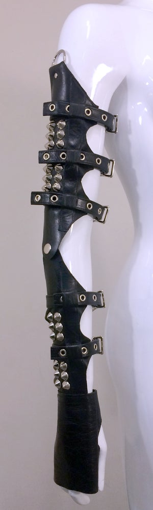 Image of KOR leather gauntlets with studs