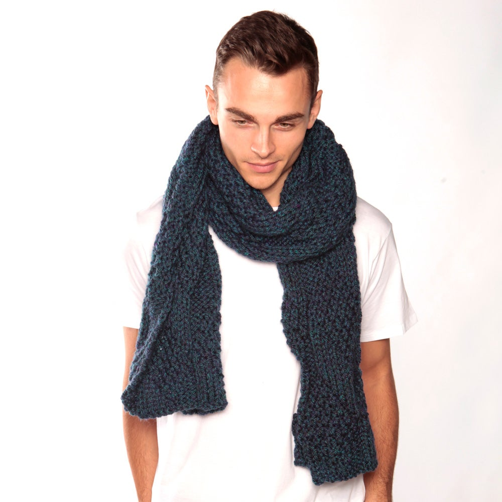 Image of Blue Green Chunky Knit Scarf